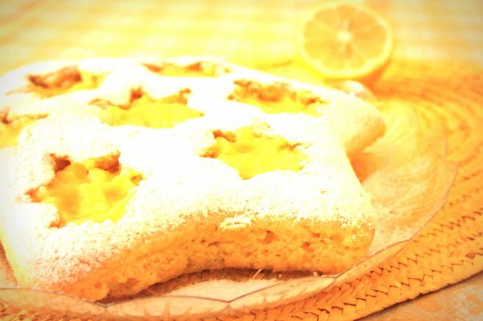 torta stellata con crema al limone