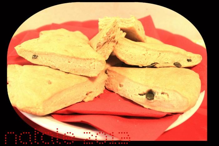 triangoli di pane croccante fatto in casa