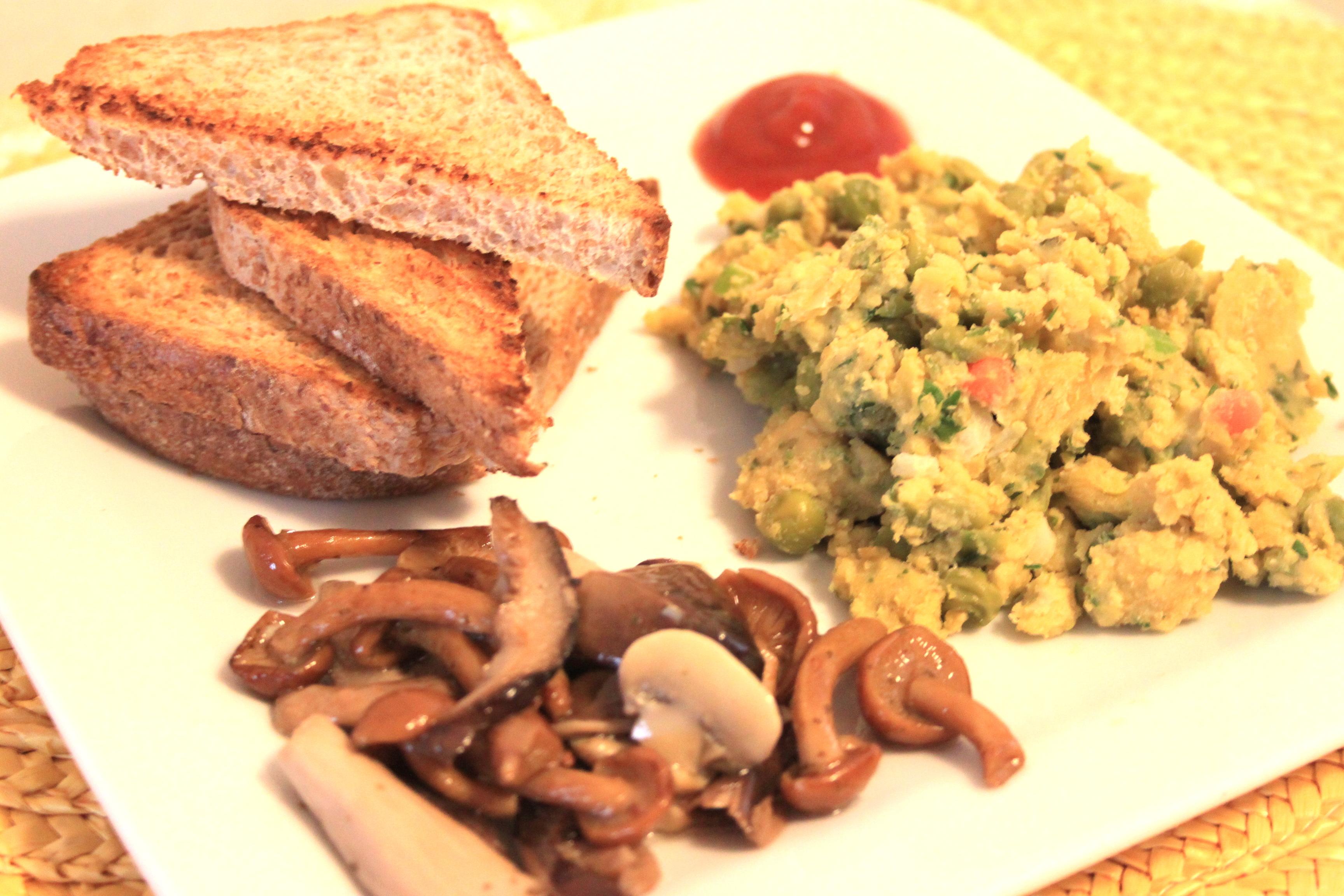 Uova strapazzate vegan per il brunch vegan cucina felice for Preparare un brunch