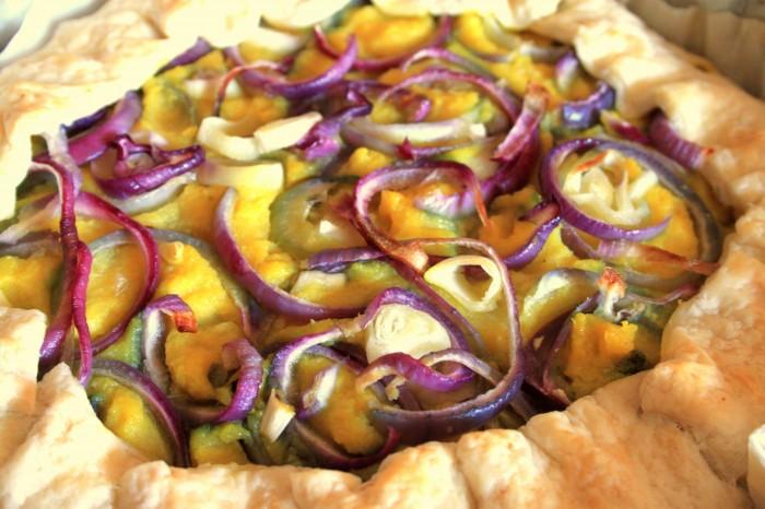 torta salata vegana giallo viola
