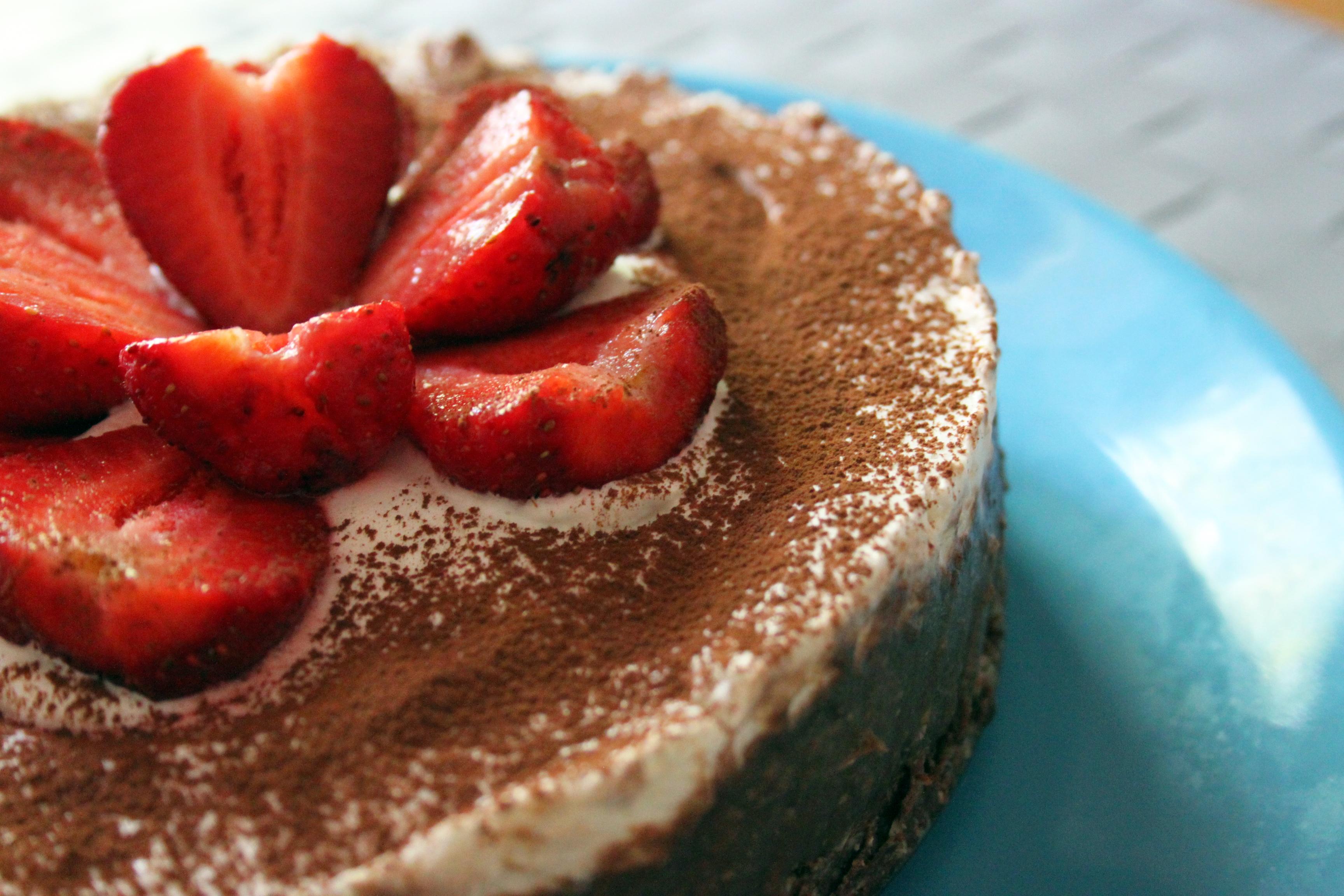 torta al cioccolato crudista ricetta
