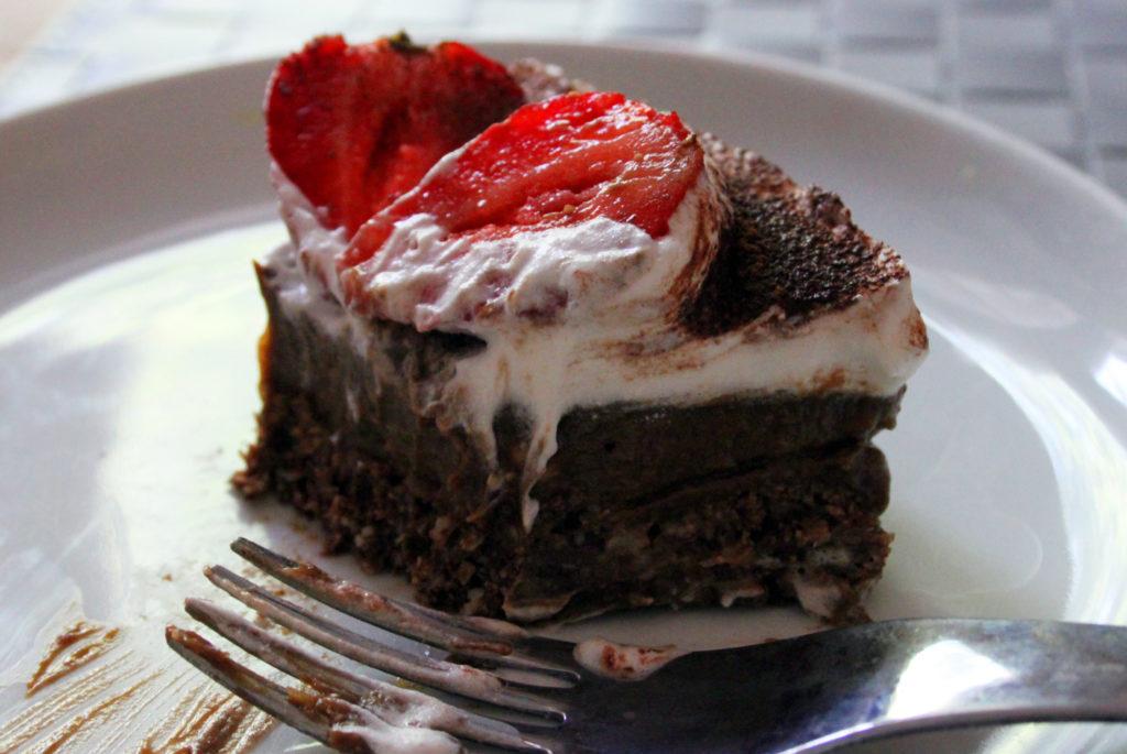 torta crudista al cioccolato ricetta