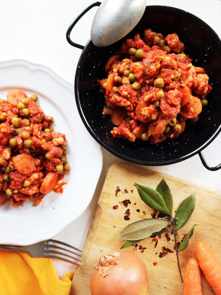 spezzatino di soia con piselli ricetta vegan