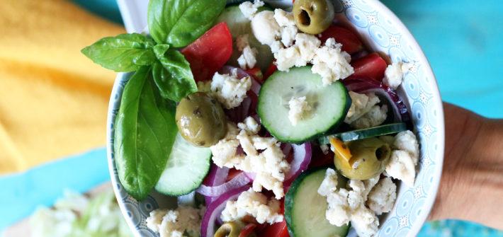 ricetta insalata greca vegana