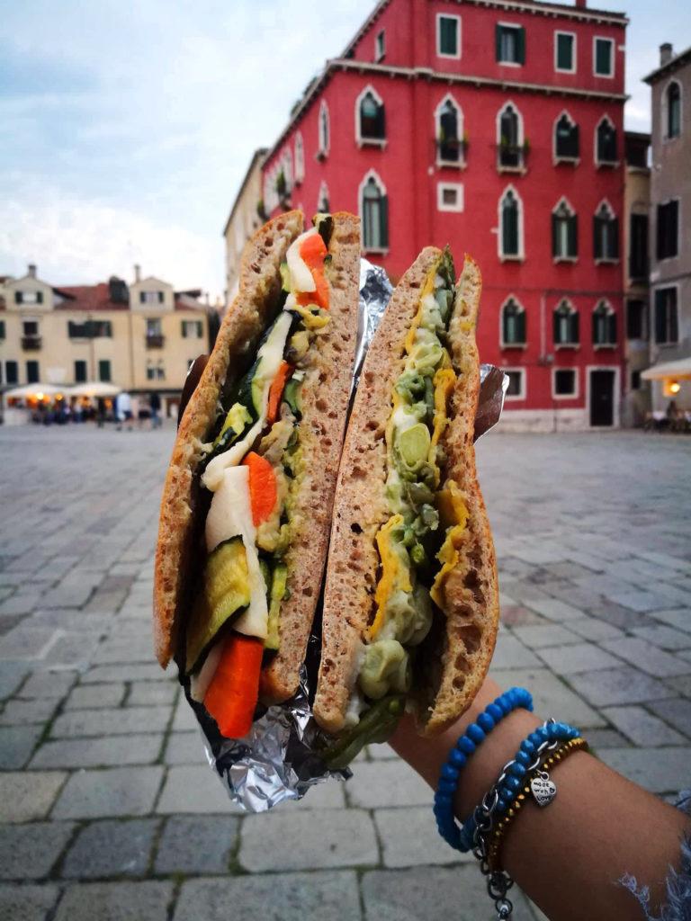 mangiare vegano a Venezia spendendo poco